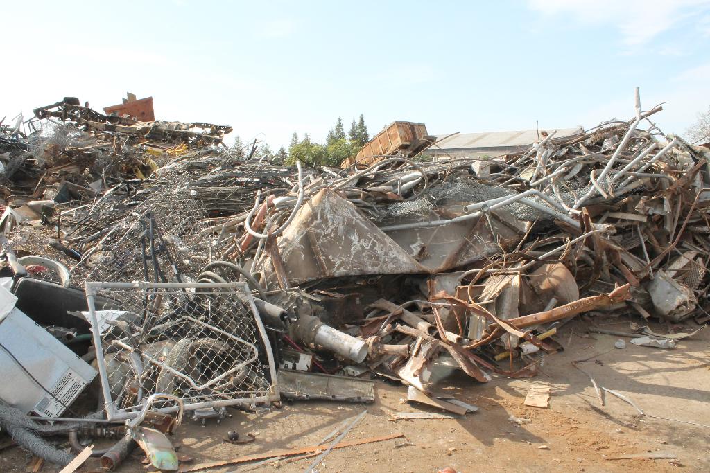 recycling-trash-metal-stockton