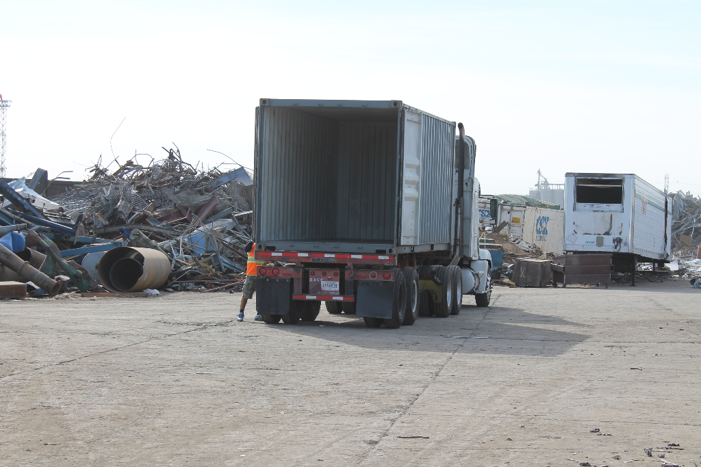 scrap-metal-transport-stockton