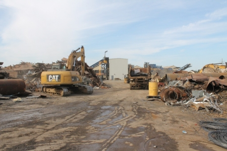 sorting-scrap-metal-stockton